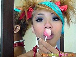 Air Holding Lollipop Up
